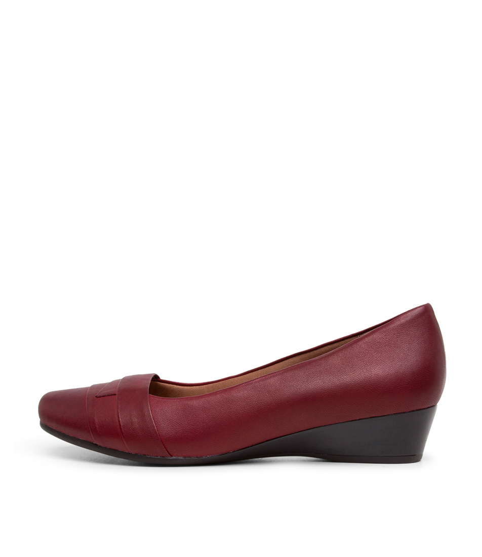 Buy Supersoft Renzo Dark Red Flats online with free shipping