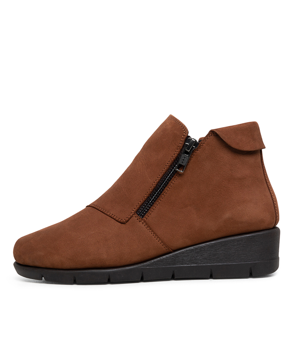 Buy Supersoft Moscato Su Dark Tan Ankle Boots online with free shipping