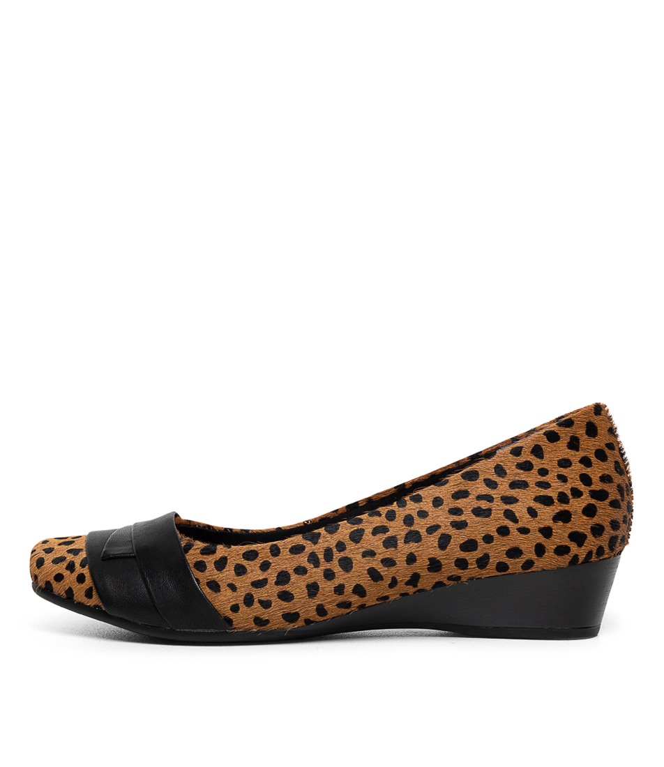 Buy Supersoft Renzo3 Su Tan Leopard Black Flats online with free shipping