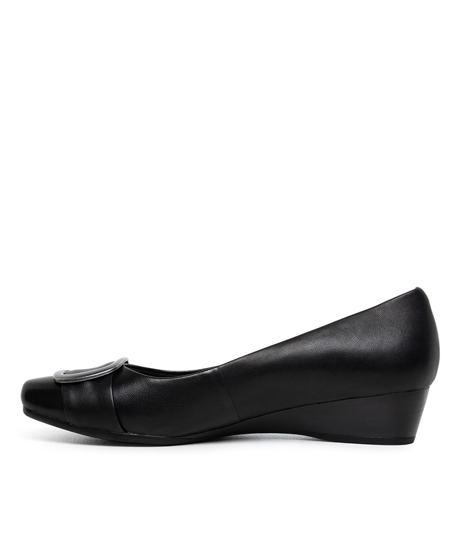 Buy Supersoft Rashawn Su Black Flats online with free shipping