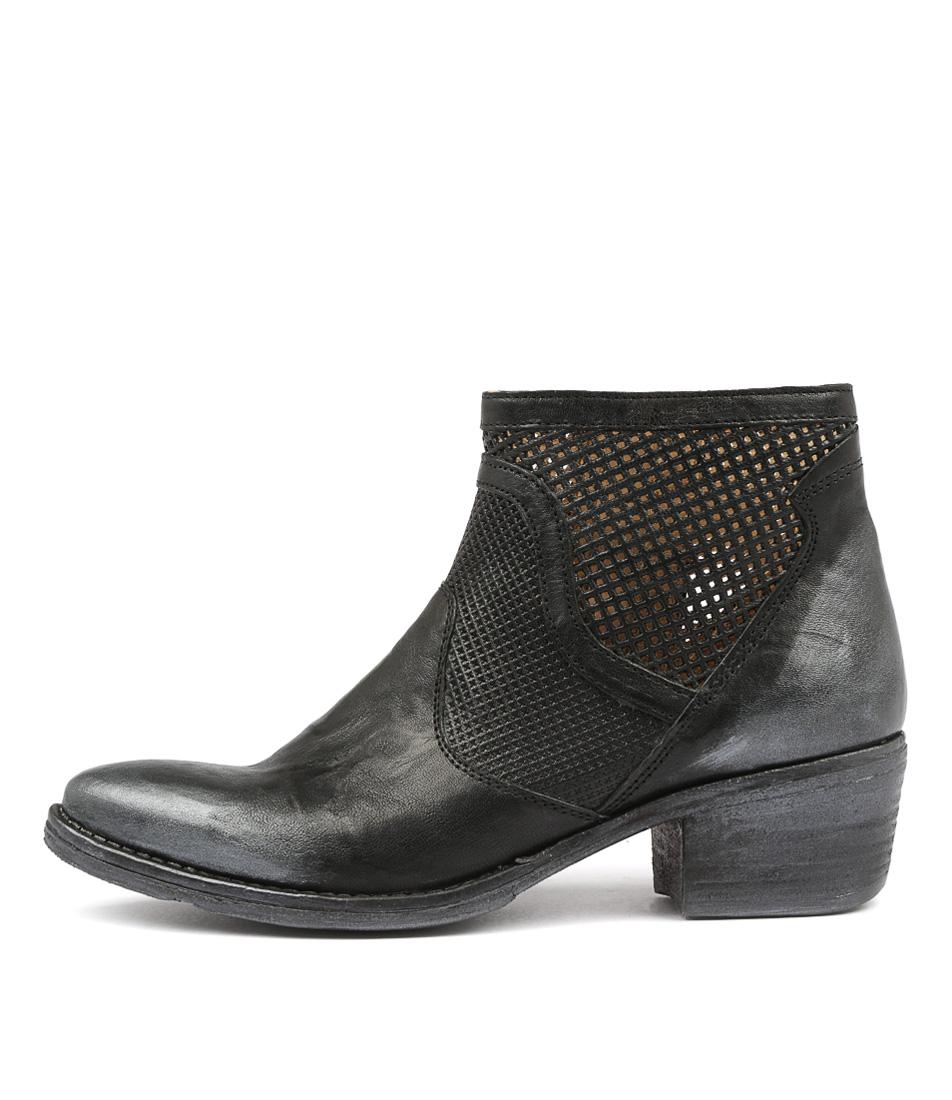 Beltrami Accept Black Ankle Boots