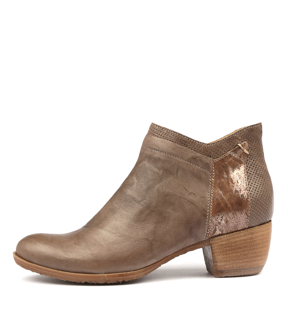 Beltrami Adjourn Dark Taupe Ankle Boots