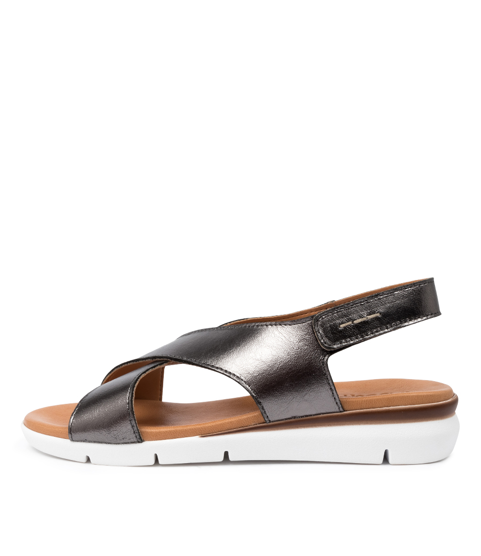 Buy Beltrami Zannita Be Pewter Flat Sandals online with free shipping