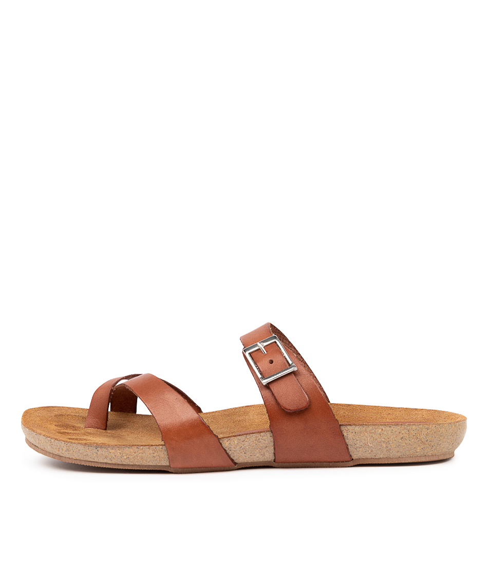Buy Beltrami Yeria Be Tan Flat Sandals online with free shipping