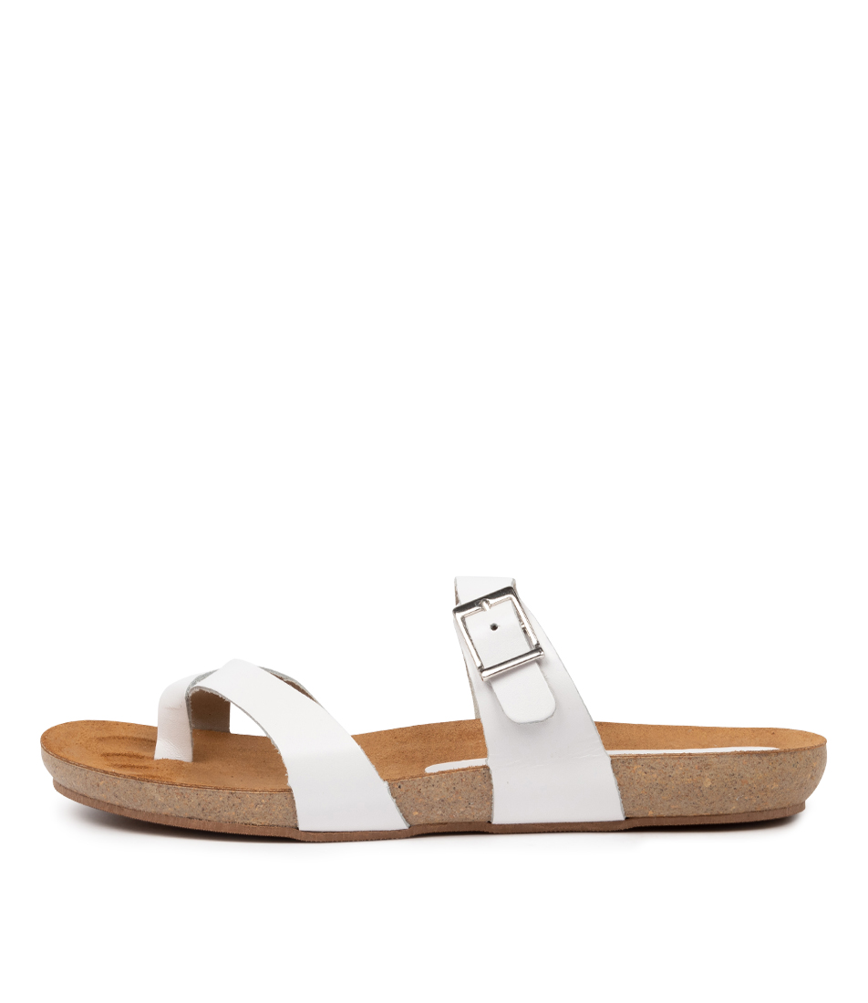 Buy Beltrami Yeria Be White Flat Sandals online with free shipping