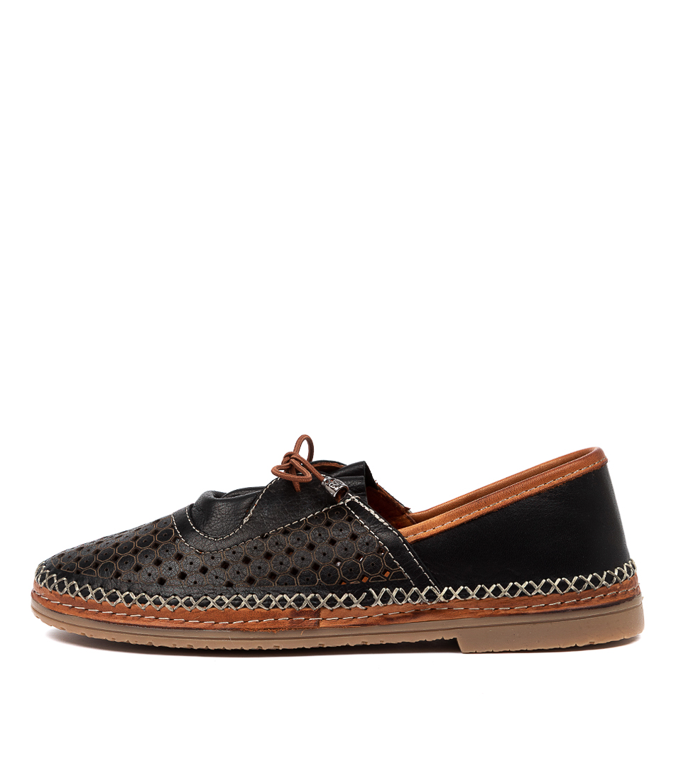 Buy Beltrami Cathy Be Black Flats online with free shipping