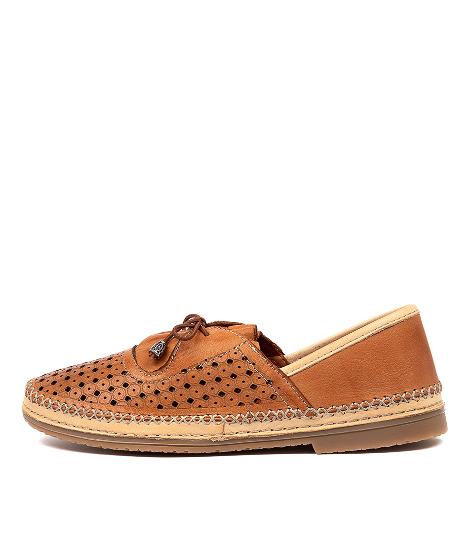 Buy Beltrami Cathy Be Coconut Flats online with free shipping