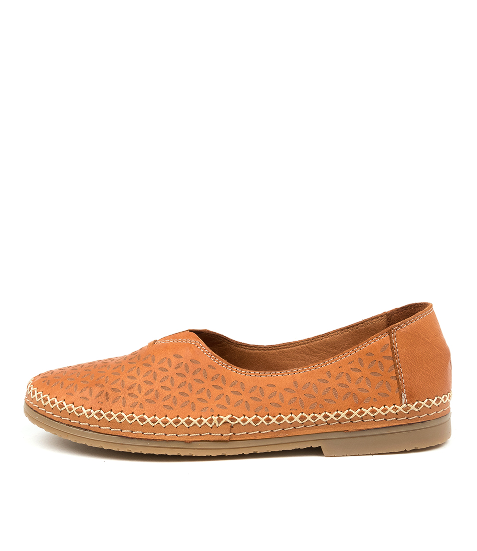 Buy Beltrami Casser Be Coconut Flats online with free shipping