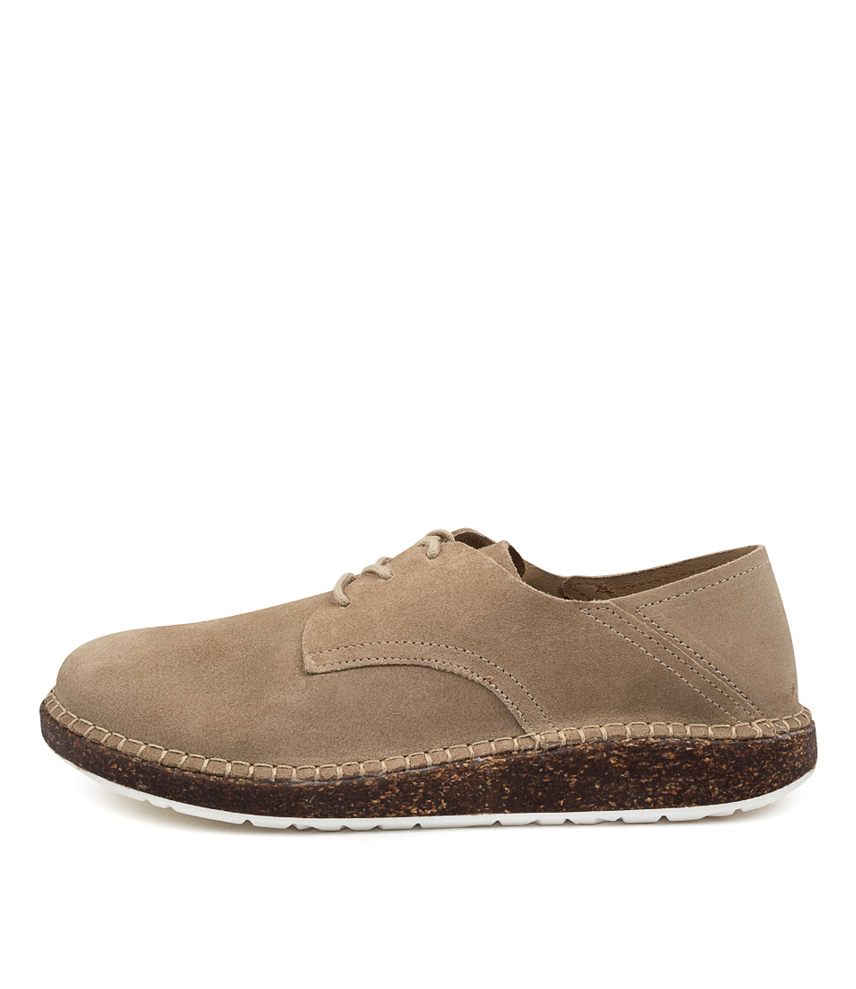 Buy Birkenstock Gary Su W Bk Sand Flats online with free shipping