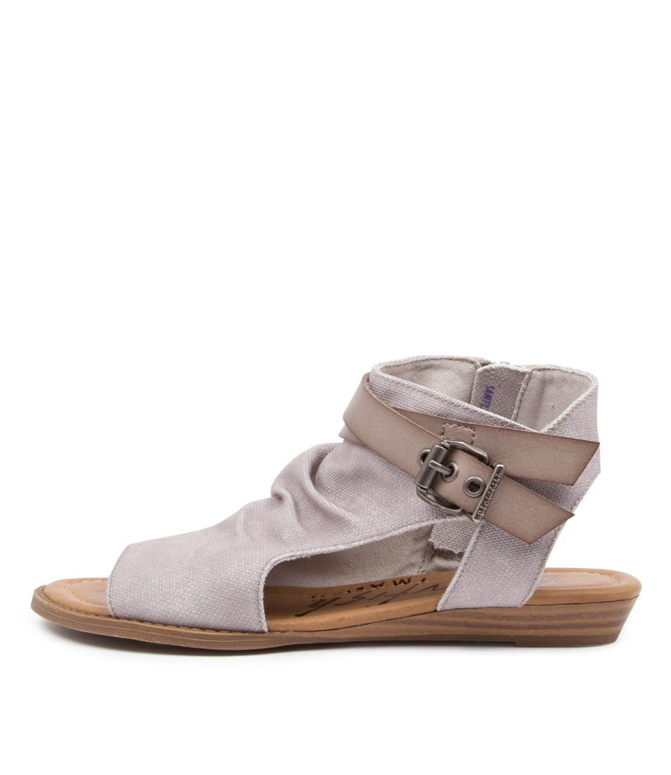 Buy Blowfish Balla4 Earth Bw Shell Flat Sandals online with free shipping