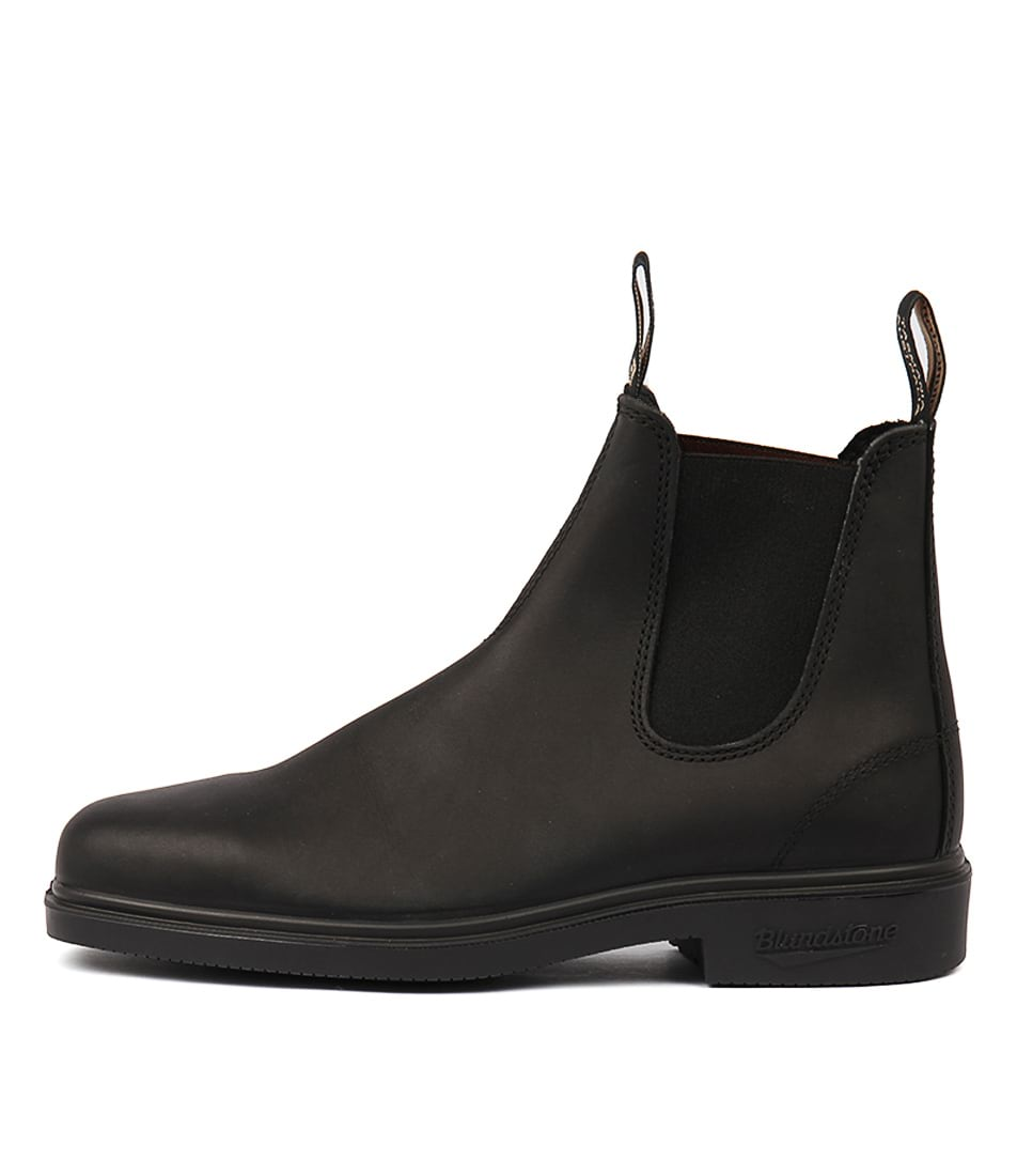 Buy Blundstone 063 Black Ankle Boots online with free shipping