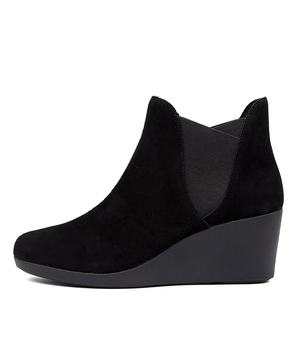 Buy Crocs Leigh Wedge Chelsea Boot Black Ankle Boots online with free shipping