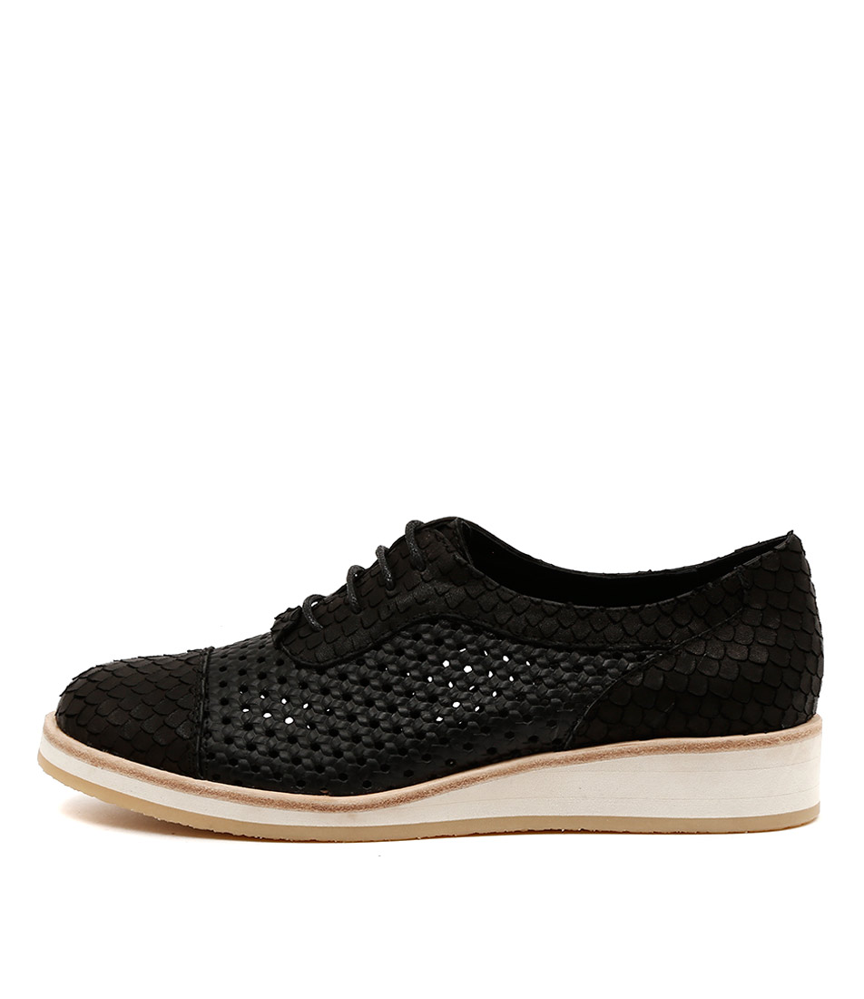 Django & Juliette Cedric Black Flat Shoes