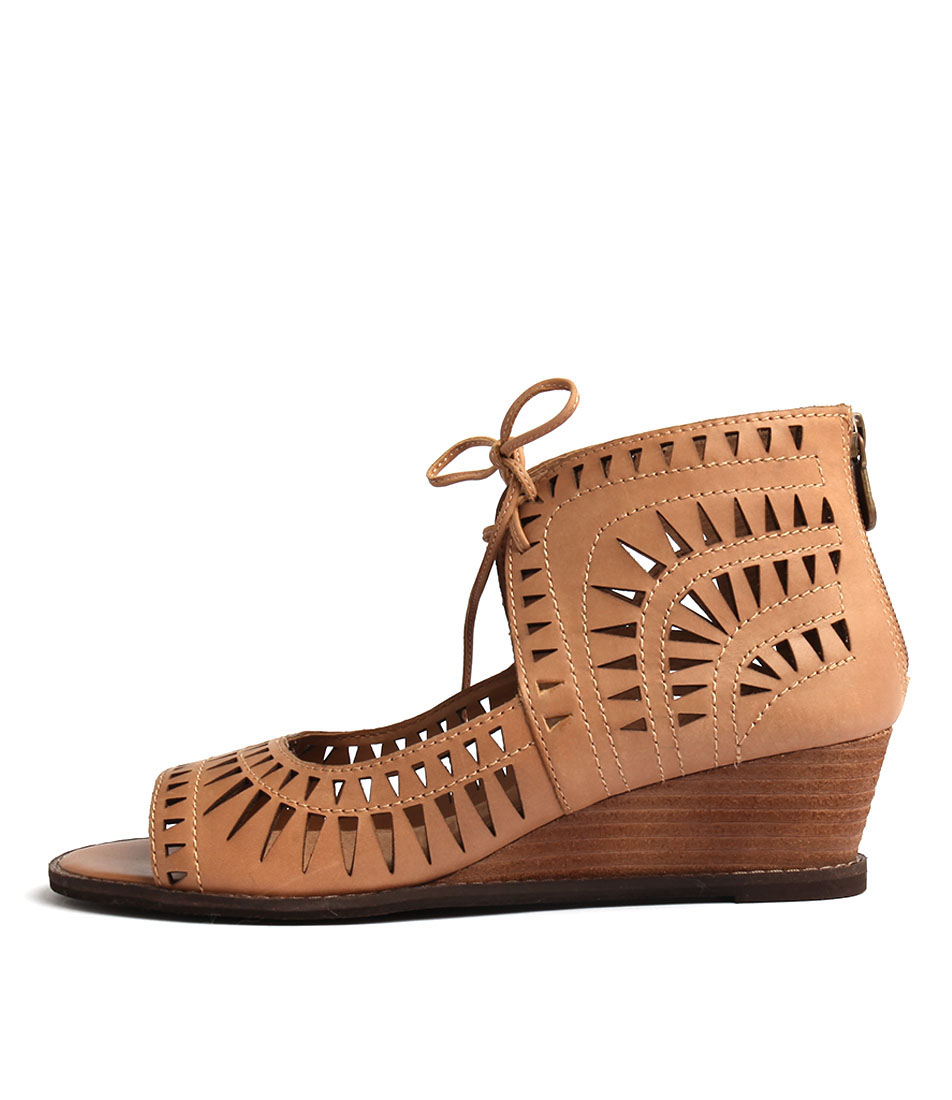 Colorado Baxon Tan Casual Heeled Sandals