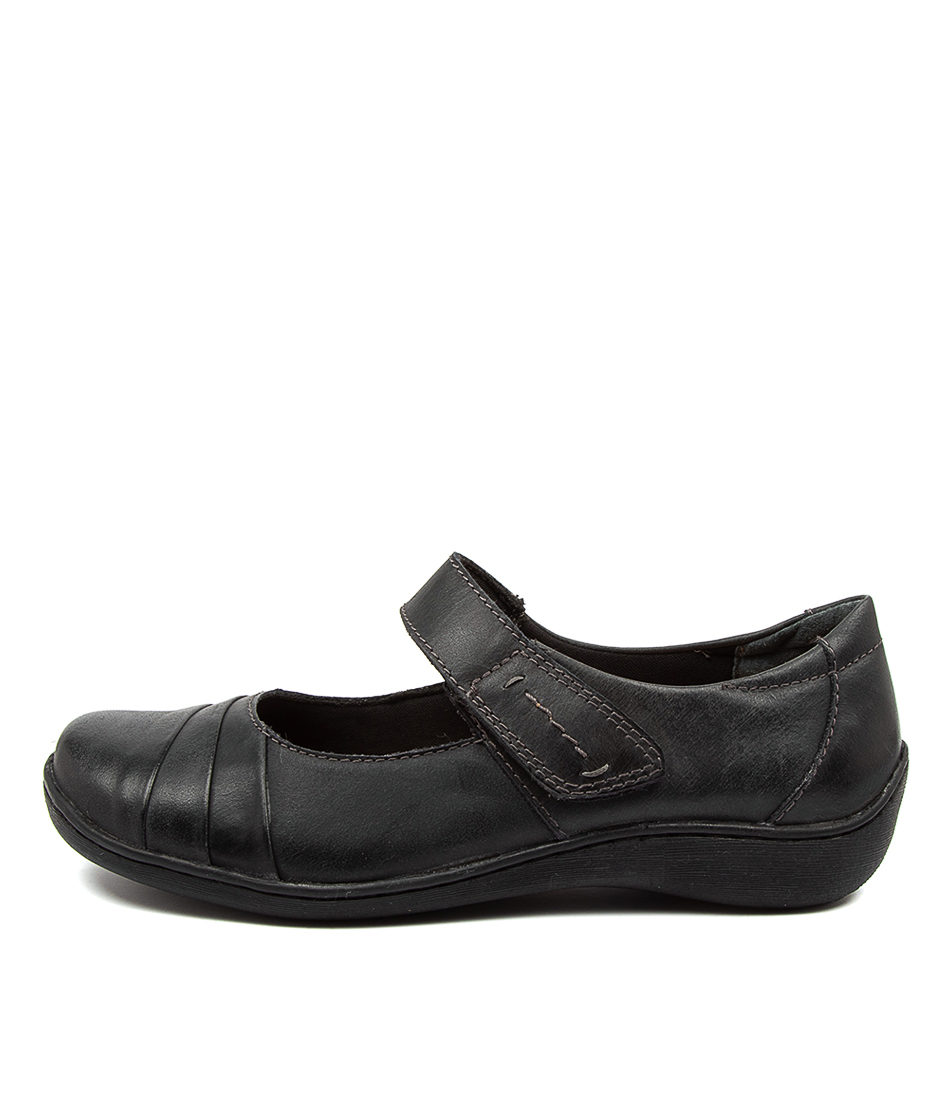 Buy Colorado Hempstead Cf Black Flats online with free shipping