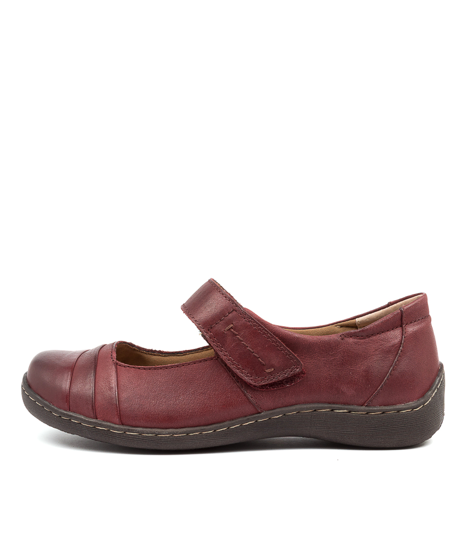 Buy Colorado Hempstead Cf Dk Red Flats online with free shipping