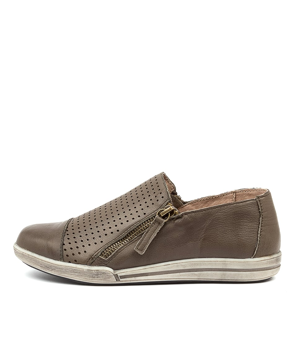 Buy Colorado Menan Cf Olive Sneakers online with free shipping