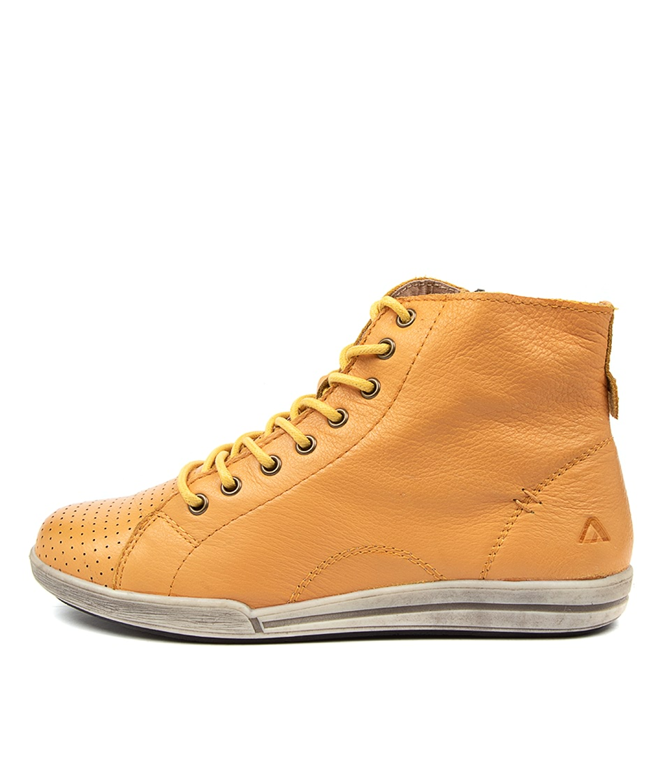 Buy Colorado Marquez Cf Dk Yellow Tan Ankle Boots online with free shipping
