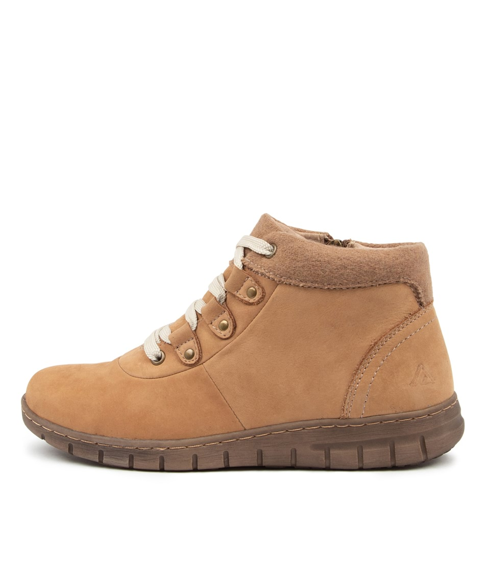 Buy Colorado Vaughn2 Cf Tan Ankle Boots online with free shipping