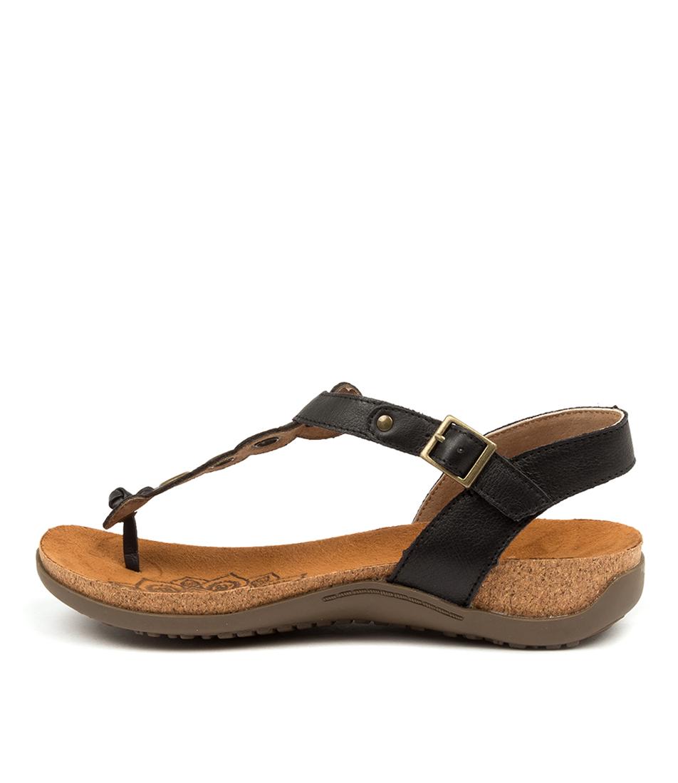 Buy Colorado Eldridge Cf Black Flat Sandals online with free shipping