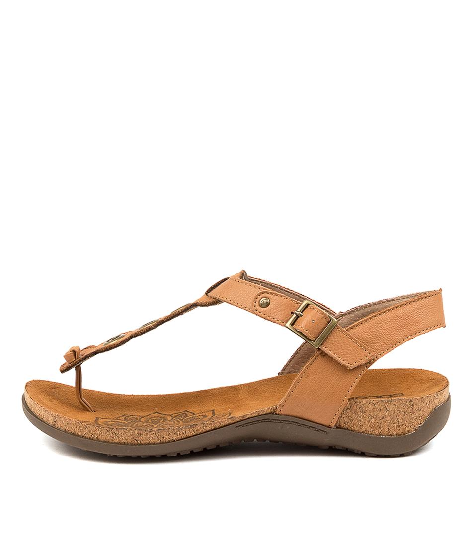 Buy Colorado Eldridge Cf Dk Tan Flat Sandals online with free shipping