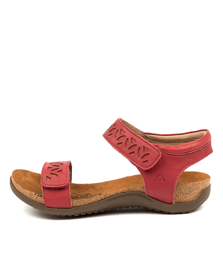 Buy Colorado Evonna Cf Deep Red Flat Sandals online with free shipping