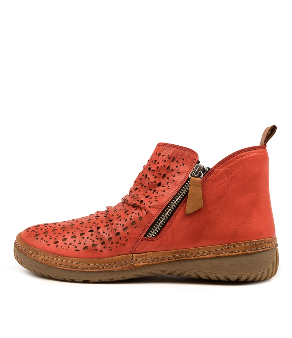 Buy Colorado Deneat Cf Red Tan Ankle Boots online with free shipping