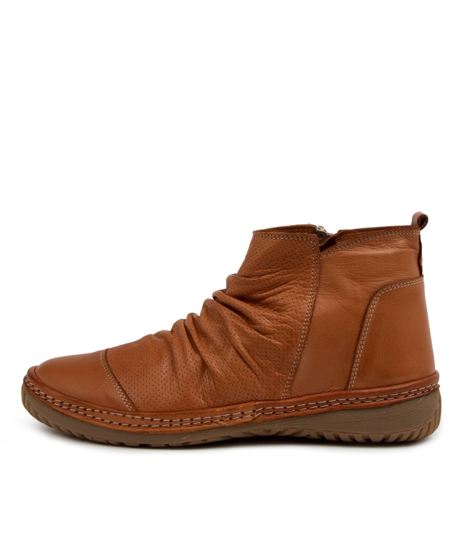 Buy Colorado Dettie Cf Tan Tan Ankle Boots online with free shipping