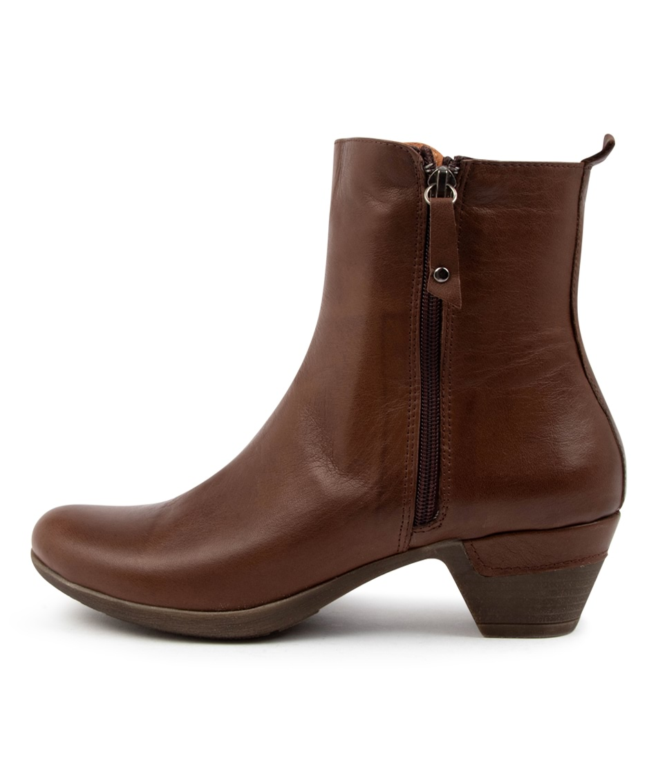 Buy Colorado Lacae Cf Brown Ankle Boots online with free shipping