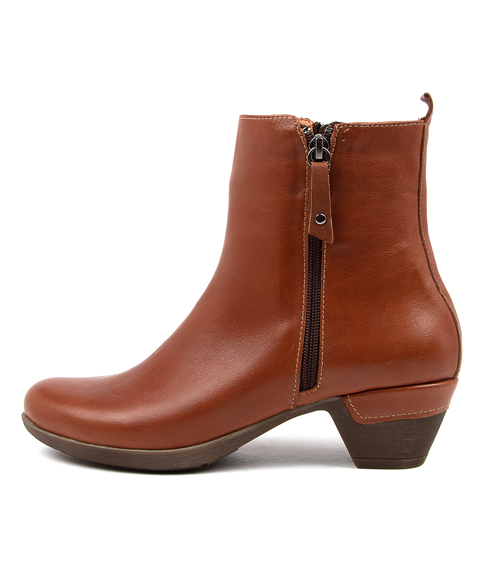 Buy Colorado Lacae Cf Cognac Ankle Boots online with free shipping