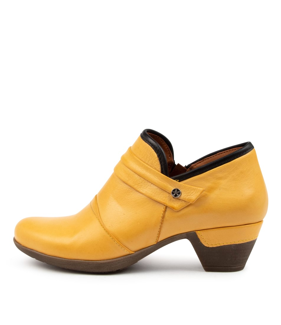 Buy Colorado Lennia Cf Yellow Ankle Boots online with free shipping