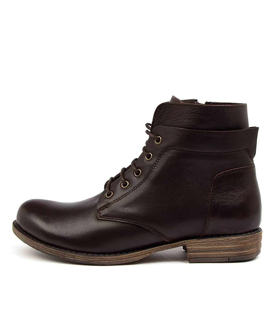 Buy Colorado Ernest Cf Choc Ankle Boots online with free shipping