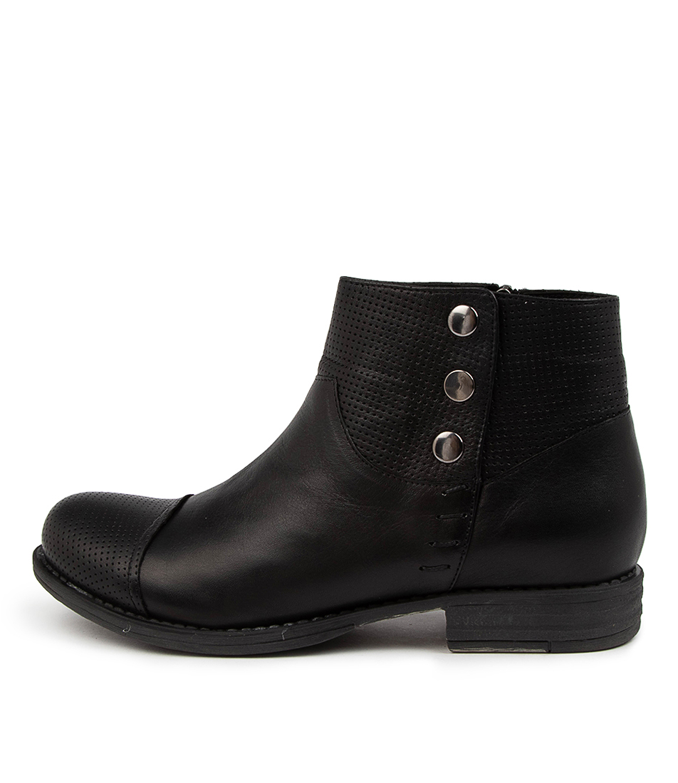 Buy Colorado Listern Cf Black Ankle Boots online with free shipping