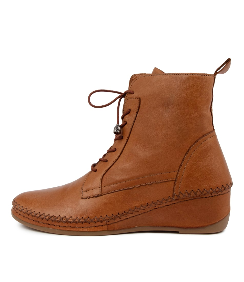 Buy Colorado Arlow Cf Coconut Ankle Boots online with free shipping