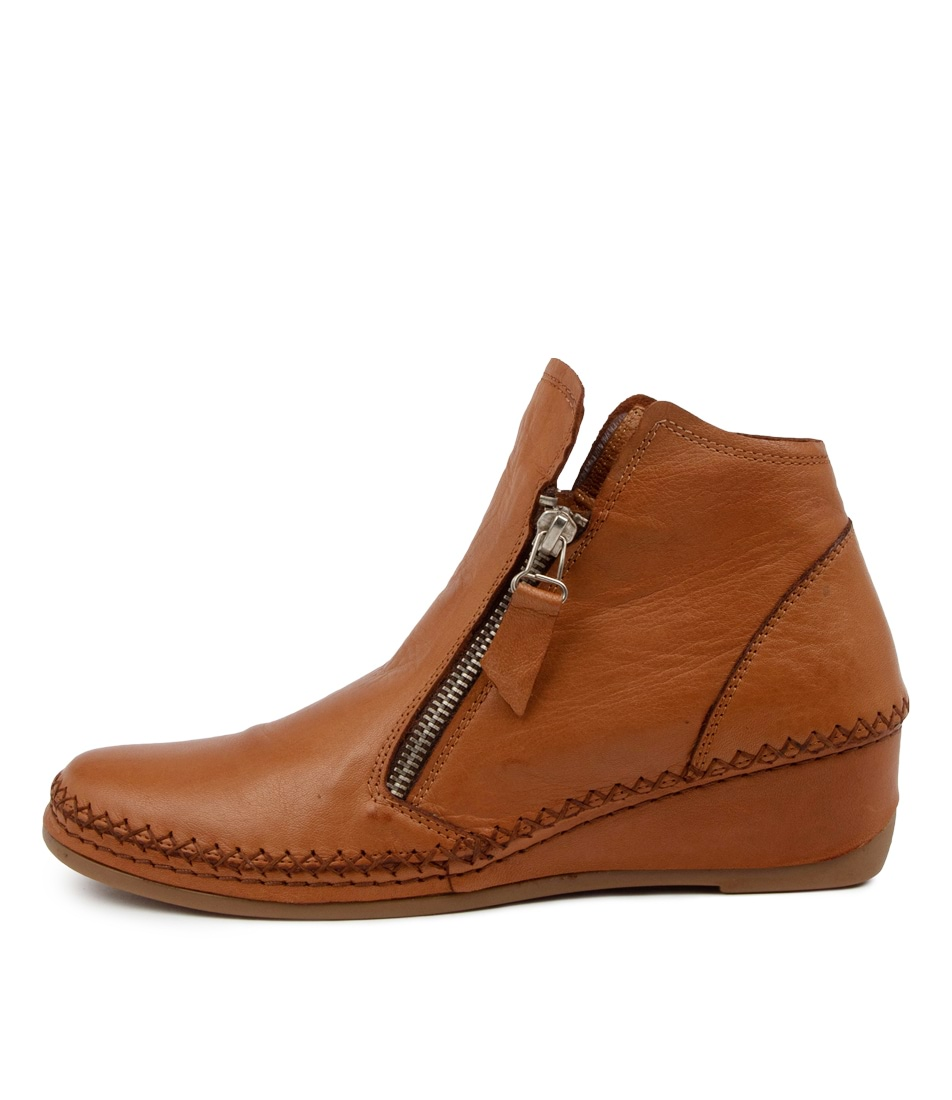 Buy Colorado Astern Cf Coconut Ankle Boots online with free shipping