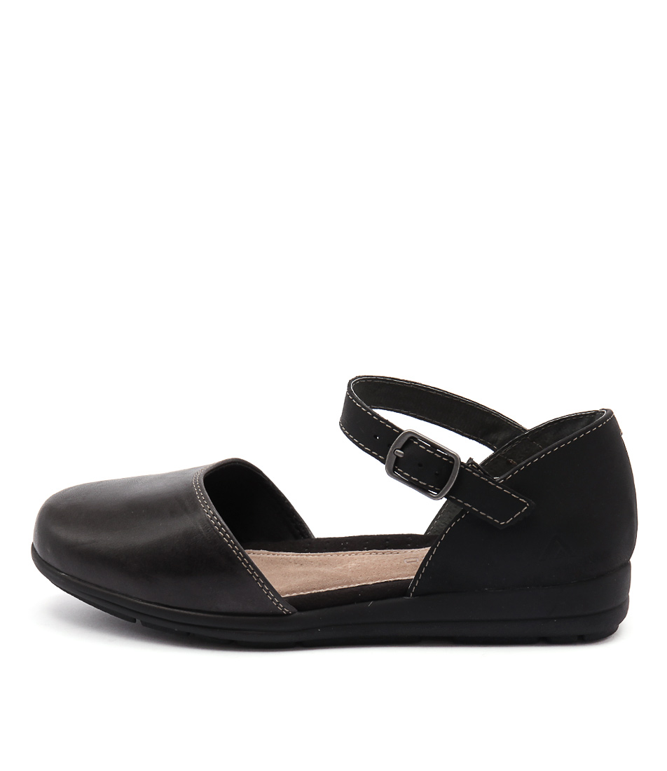 Colorado Sangria Cf Black Flats