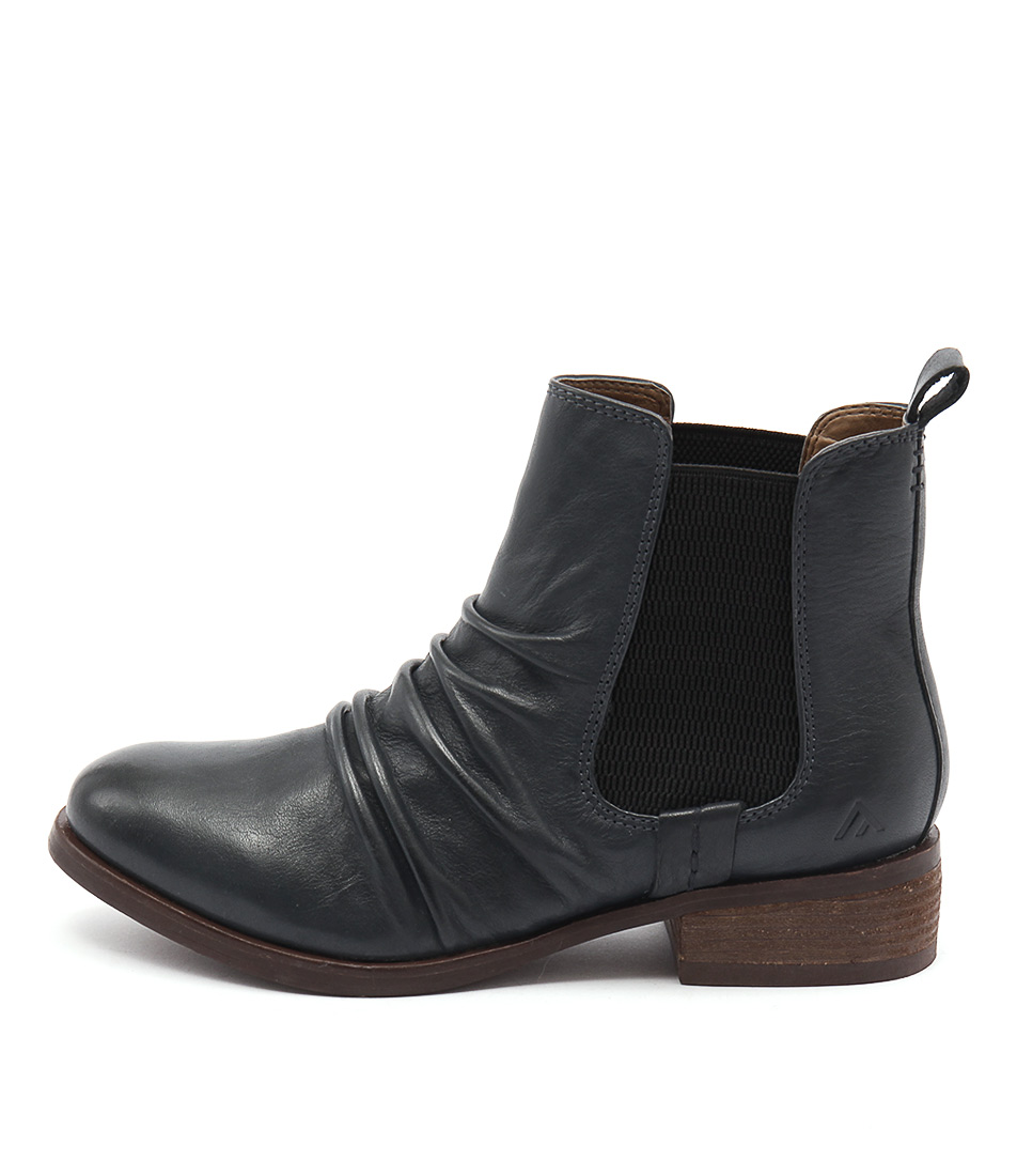 Colorado Elvin Dark Blue Ankle Boots