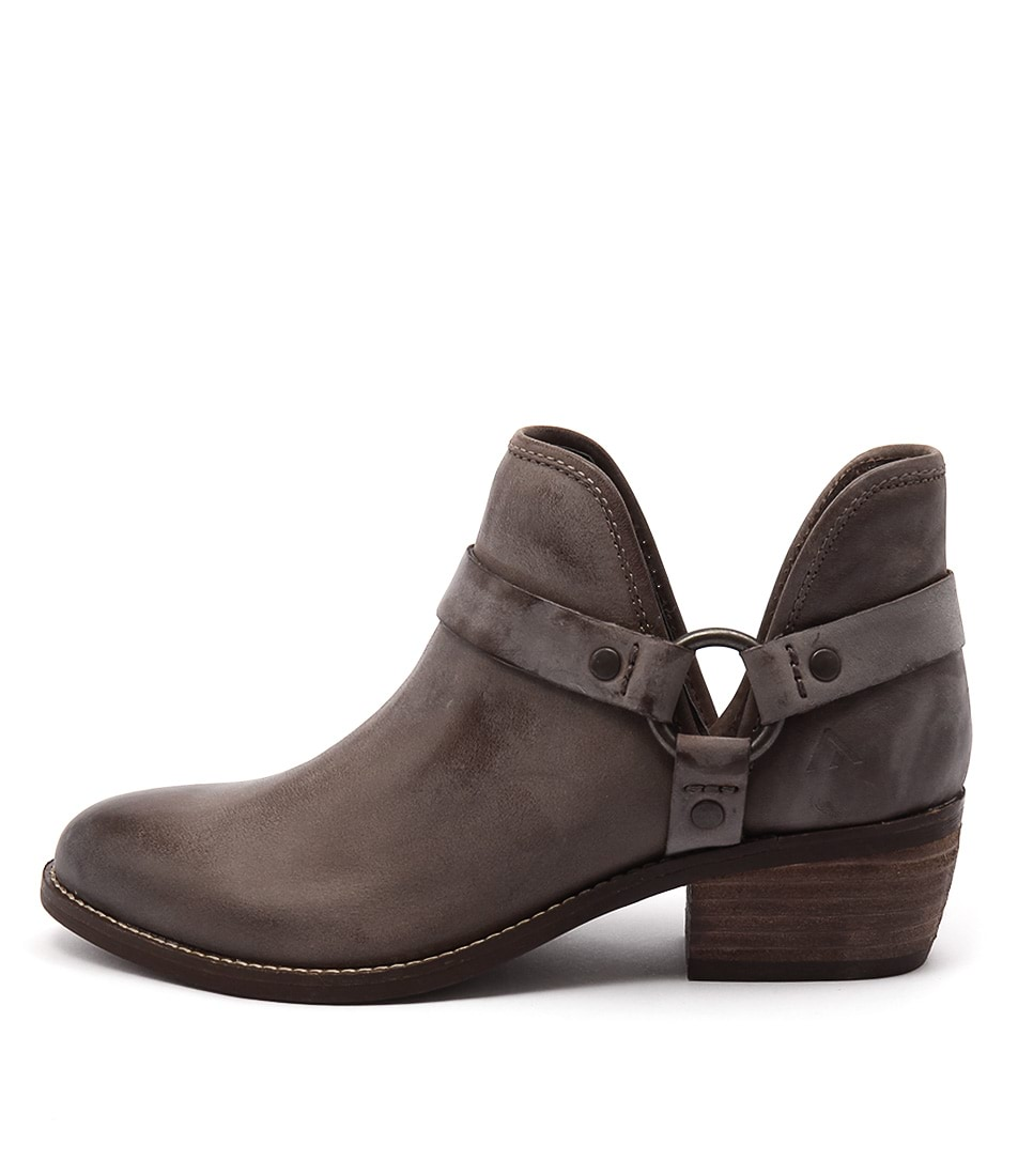 Colorado Key Brown Casual Ankle Boots