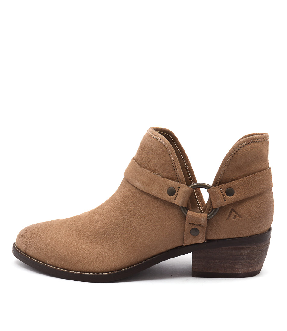 Colorado Key Tan Ankle Boots