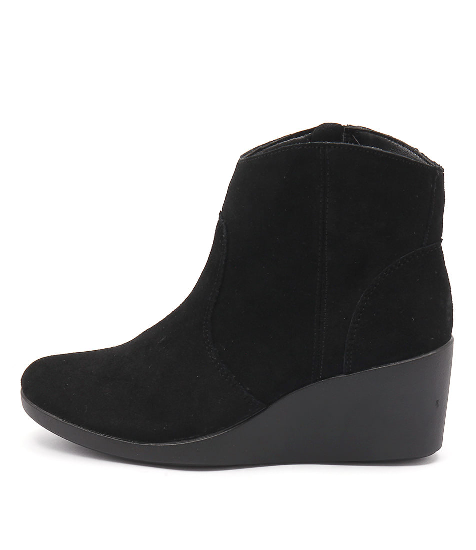 Crocs Leigh Suede Wedge Bootie Black Ankle Boots