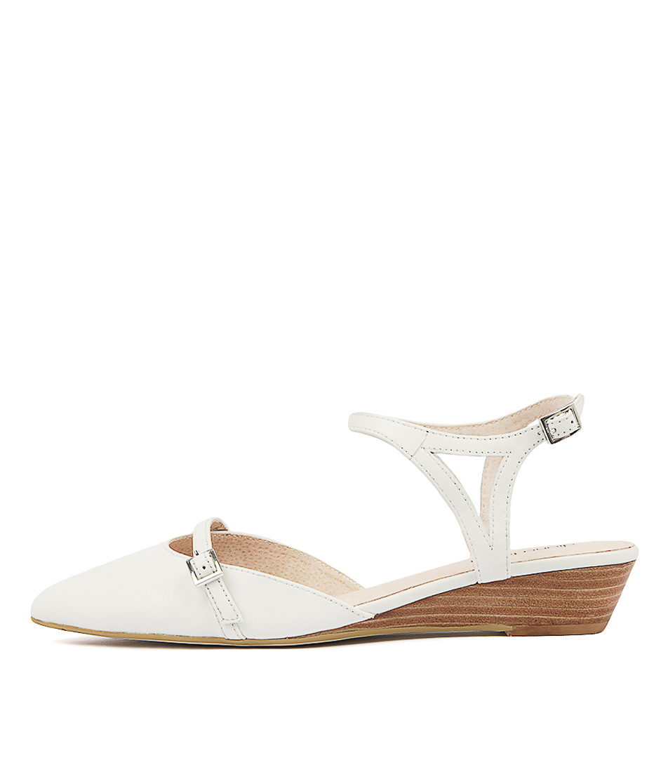 Diana Ferrari Pollyanna Ivory Flats