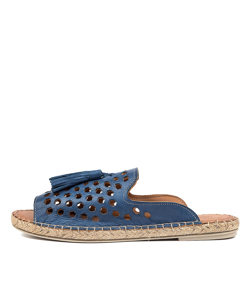 Buy Diana Ferrari Cryptic Df Azul (Blue) Flat Sandals online with free shipping