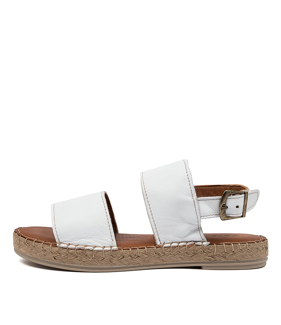 Buy Diana Ferrari Deville Df Blanco (White) Flat Sandals online with free shipping