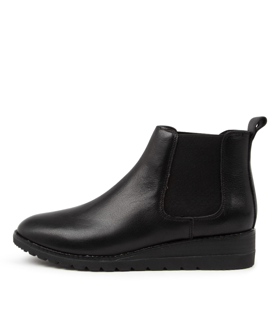 Buy Diana Ferrari Blynx Df Black Black Sole Ankle Boots online with free shipping
