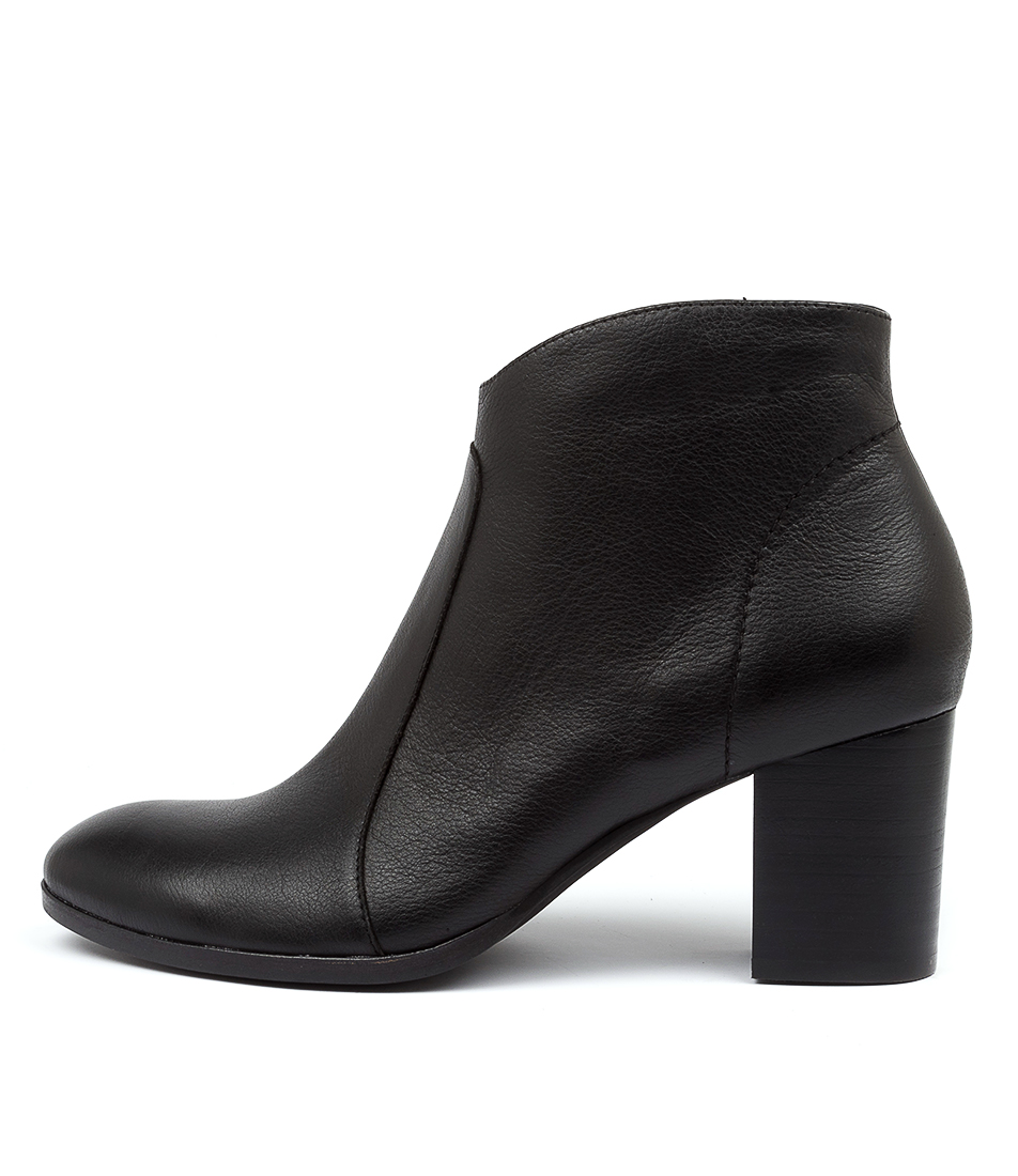 Buy Diana Ferrari Dabilo Df Black Ankle Boots online with free shipping