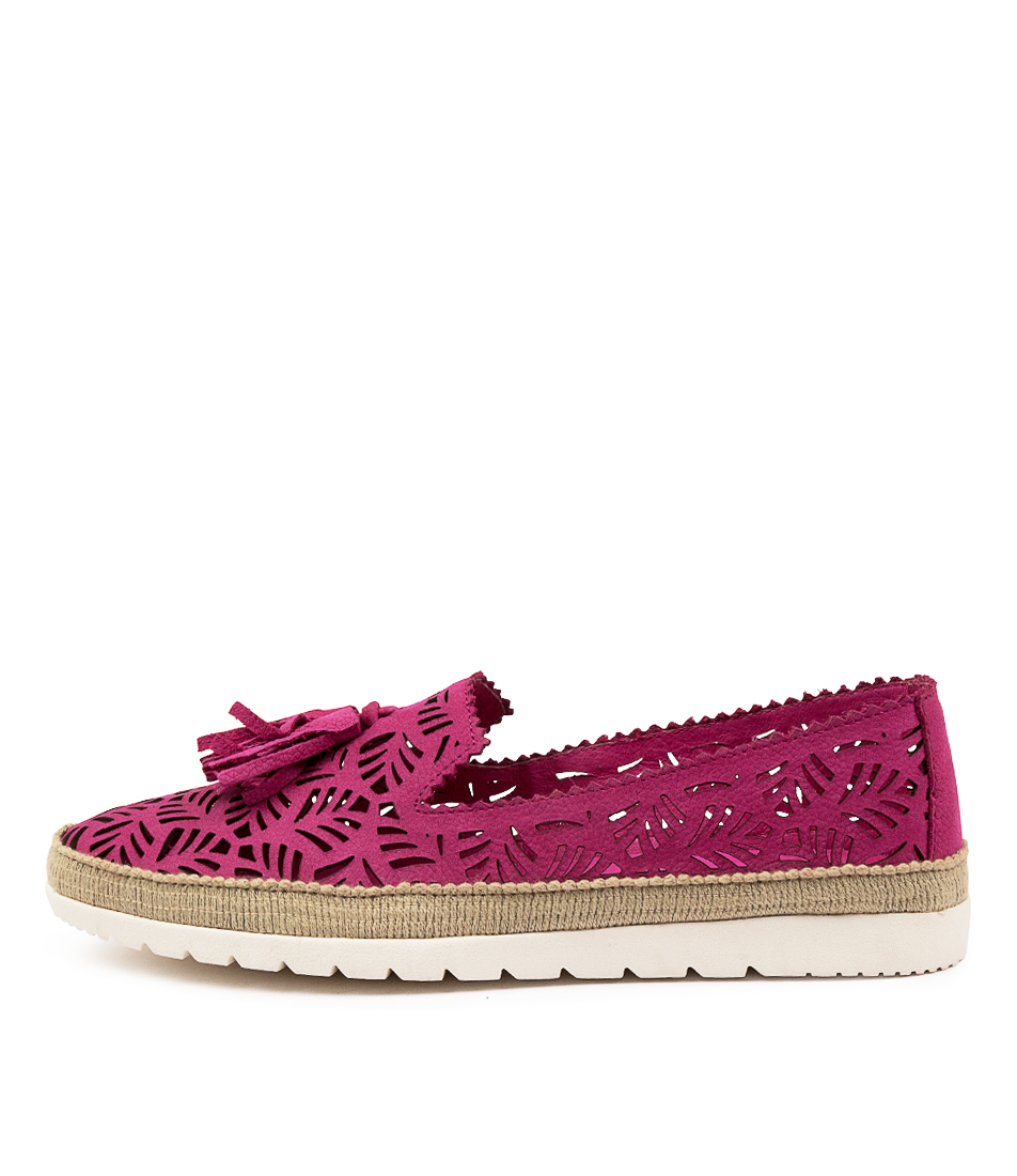 Buy Diana Ferrari Allebeen Df Fuchsia Flats online with free shipping