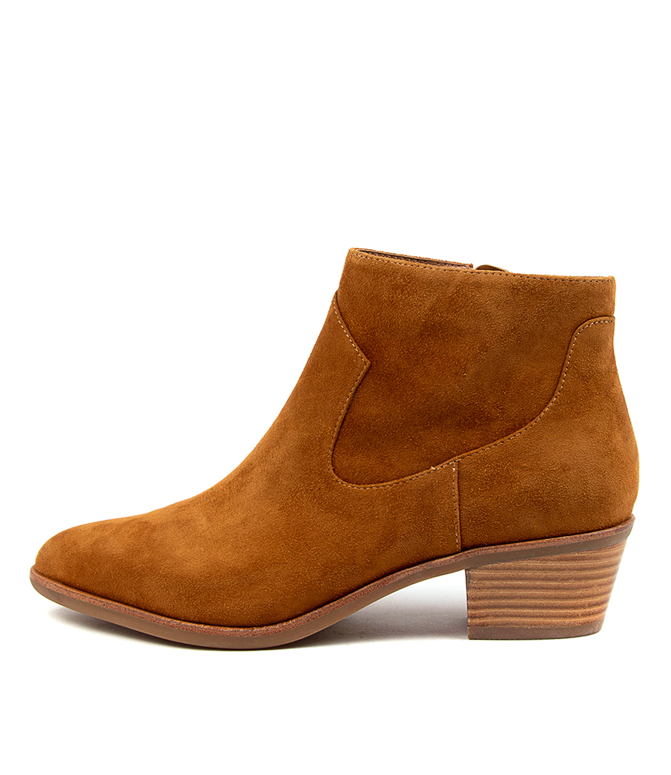 Buy Diana Ferrari Alurt Df Tan Ankle Boots online with free shipping