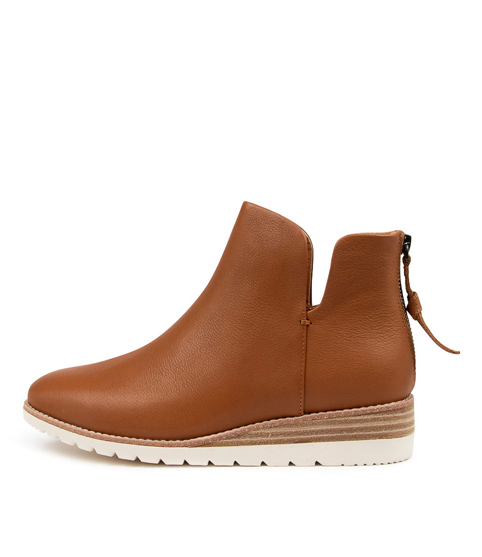 Buy Diana Ferrari Bunite Df Dk Tan Ankle Boots online with free shipping