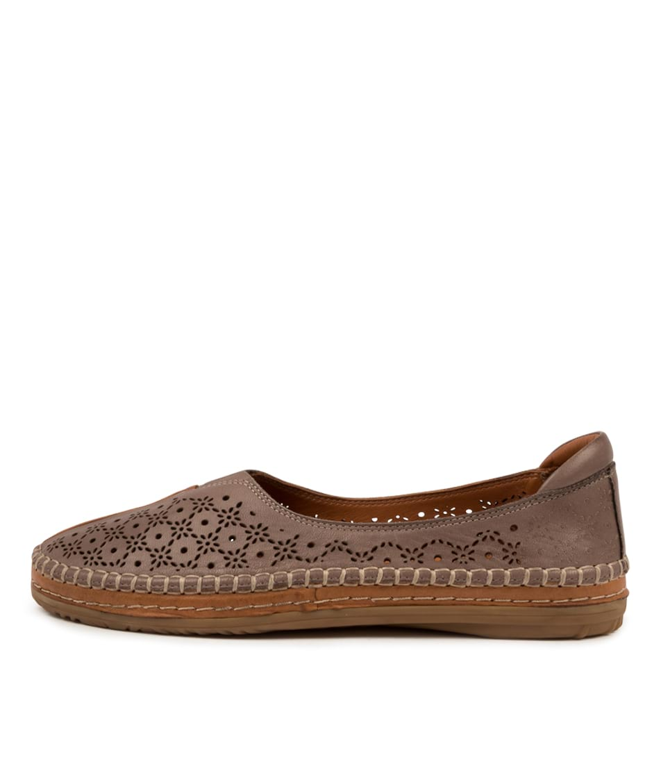 Buy Diana Ferrari Fallein Df Lt Taupe Tan Flats online with free shipping