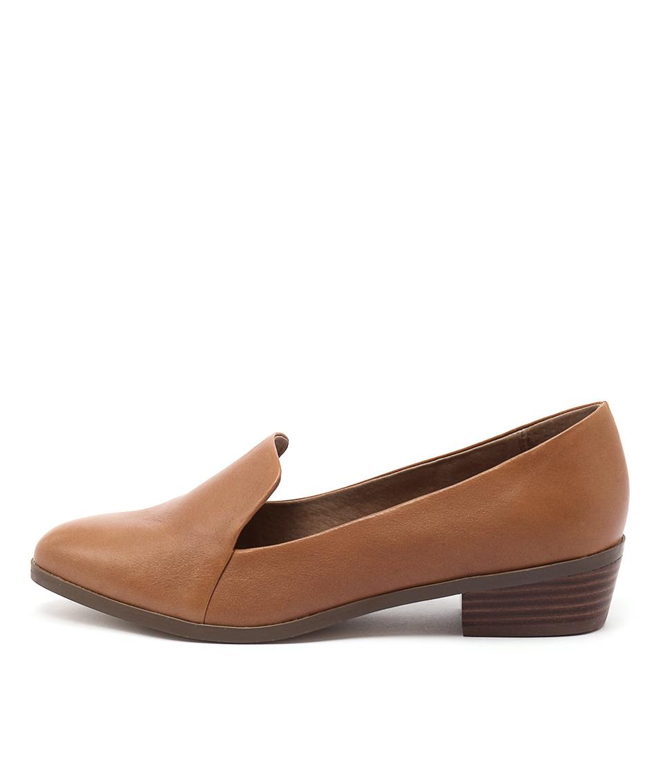 Diana Ferrari Ali Tan Flat Shoes